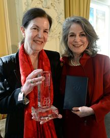 Author and former Oakville resident Plum Johnson wins 2015 RBC Taylor Prize