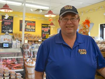 Fox's Bakery owner donates to Barrie hospital after heart attack