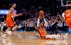 Westbrook's 5th straight triple-double lifts Thunder-Image4