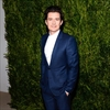 Orlando Bloom has new pants every day-Image1