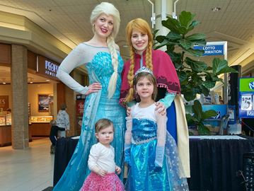 anna and elsa meet greet tips toes
