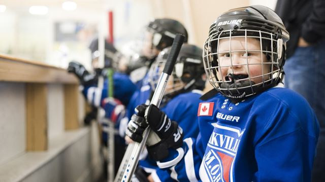 Oakville hockey association targeting first-time players