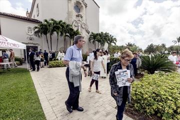 Jeb Bush at church