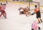 Flyers' Wyatt Pickrell for the grab