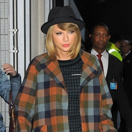 Taylor Swift doesn't 'need some guy' for inspiration-Image1