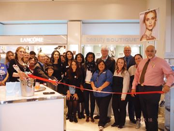 Shoppers Drug Mart re-opening