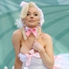 Courtney Stodden stands up for sheep for PETA -Image1
