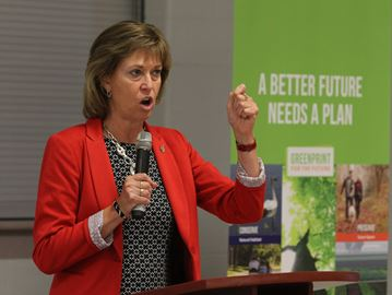 Oakville North-Burlington MP holds town hall to get residents acting on climate change