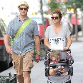 Tiffani Thiessen welcomes baby boy-Image1