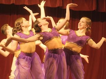 Premiere Dancers