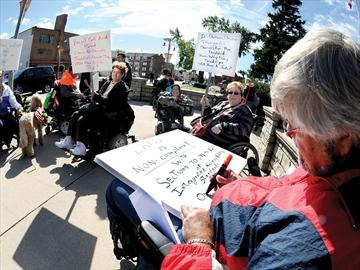 DRT protest