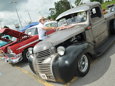 Uxbridge Hot Rod Show Purred For The New Animal Shelter