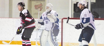 Kemptville 73's win one, lose one in games against Grads and Hawks– Image 1