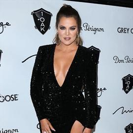 Khloé Kardashian's 'body vibes' inspire Kanye West-Image1