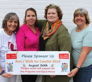 Race day gives back to people with dementia, caregivers; An estimated – Image 1