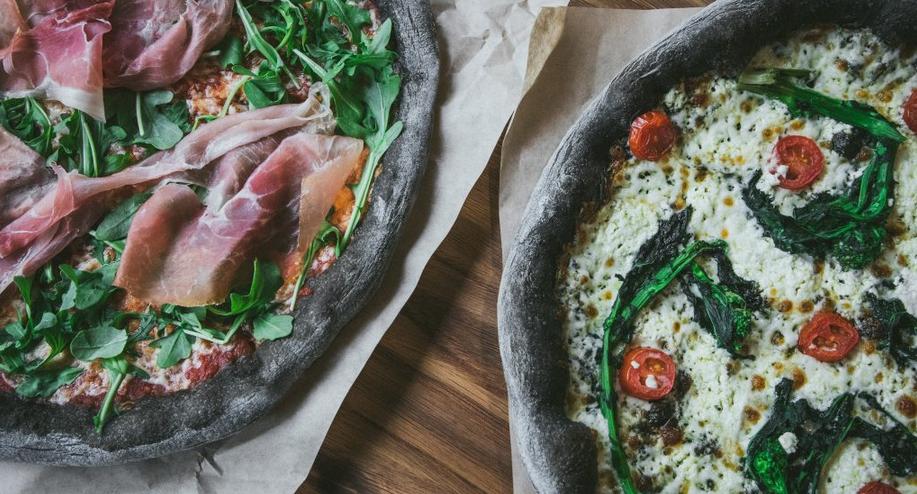 Masseria carbone pizza