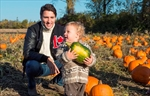 Trudeau makes pitch to conservatives-Image1