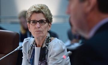 Ontario premier meets with auto sector CEOs-Image1