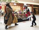 Shiver me timbers: Pirates visit Milton Mall