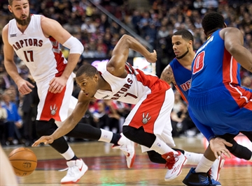 DeRozan leads Raptors past Pistons 114-110-Image1