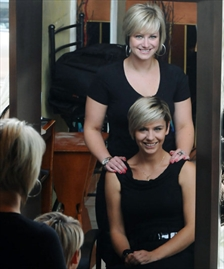 Guelph hairstylists to represent canada at international for Acqua salon guelph