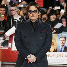 Johnny Depp 'attacked' by mythical creature-Image1