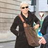 Annie Lennox slams 'self-molesting' stars-Image1