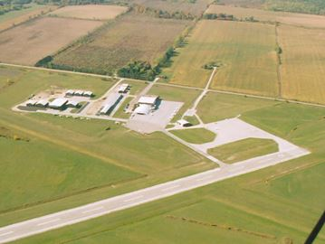 Collingwood won't promise access to airport for aviation business park yet