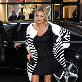 Kate Moss signed up for 'Absolutely Fabulous' movie-Image1