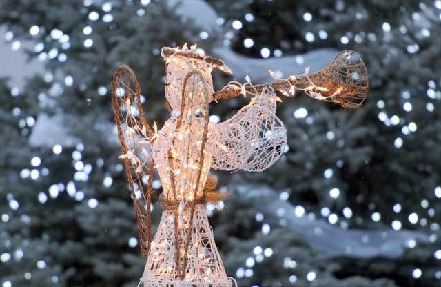 Christmas markets, crafts and decor this weekend
