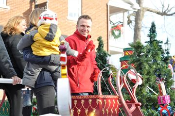 The Manotick Business Improvement Area hosted an Olde Fashioned Christmas on Saturday, Dec. 7, 2013 featuring a crafters' market, Victorian tea, family Christmas part, choral performance and of course, the Lion's Santa Claus Parade.