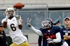Kizer covers for shaky D as Notre Dame beats Syracuse 50-33-Image1