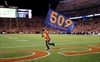 Manning breaks Favre's TD mark in 42-17-Image1