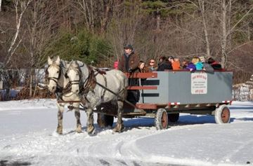 WINTER WAGON RIDE.