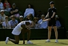 2 points from loss, Serena wins at Wimbledon; Venus next-Image1