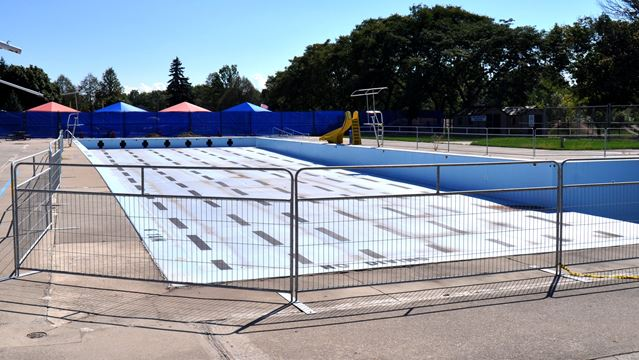 Burlington Wants Residents 39 Input On Future Of Closed Outdoor Pool