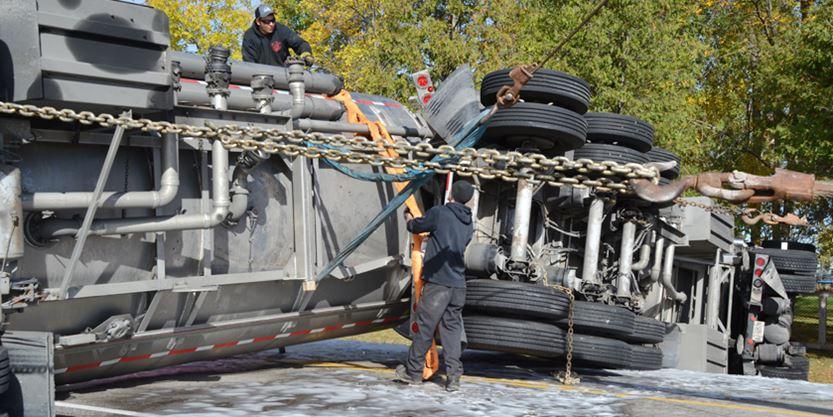 UPDATE - Serious crash near Cannington causes massive fuel spill