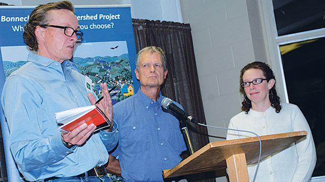 Landowners join environmentalists to resist pipeline