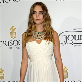 Cara Delevingne compares herself to Charlize Theron -Image1