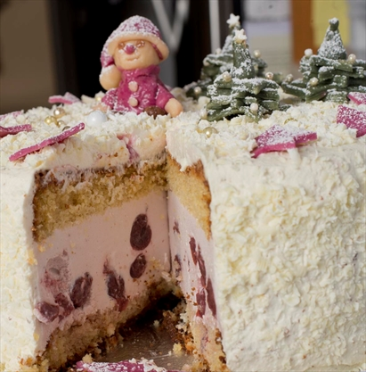 Baden baker brings people together with cake