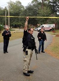 Florida shootout leaves deputy, gunman dead-Image1