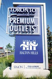 Toronto Premium Outlets open on Family Day