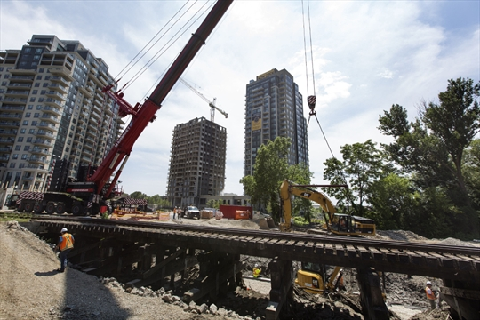 LRT Detour: King-Wellington Intersection Closes For