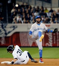 Ellsbury, Jeter, Yankees again beat Buehrle, Jays-Image1