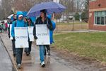 Durham teachers on strike in Port Perry