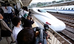 2 dead after man sets self on fire on Japanese bullet train-Image1
