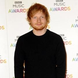 Ed Sheeran likes to please women-Image1