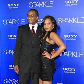 Nick Gordon wants lawsuit put on hold-Image1