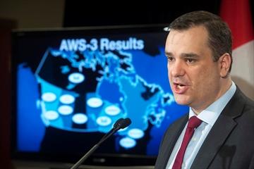 Wireless spectrum auction raises $2.11B-Image1