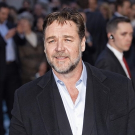 Russell Crowe leads tributes to John Nash-Image1